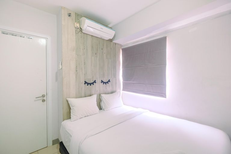 Furnished Green Pramuka 1BR Apartment with Modern Style and City View By Travelio, Central Jakarta