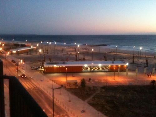 Sunset Beach, Almada