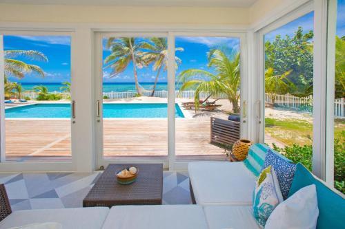 Babylon Reef by Grand Cayman Villas,