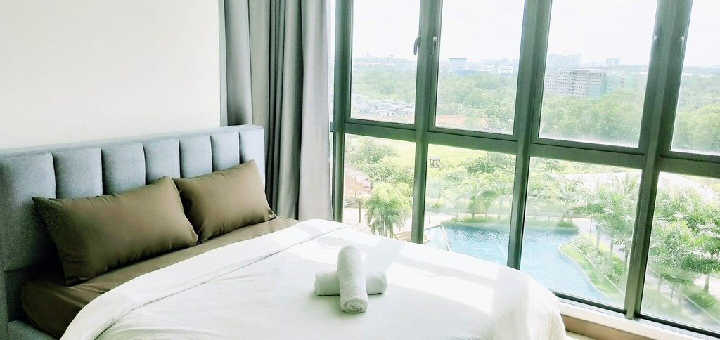 AB HOME [Sunset Suite] GREEN HAVEN #360''PooL View, Johor Bahru