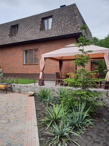 NIK HOUSE, Kharkivs'kyi