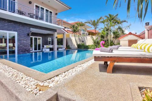 Luxury Pool Villa Pattaya - Ocean 2, Pattaya
