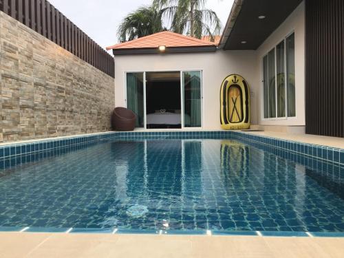 Pool 2B @ The Ville - Pattaya, Bang Lamung