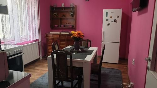 Apartment Suite Marina Lux, Niš