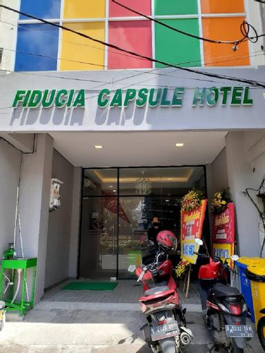 Fiducia Capsule Hotel Jakarta, West Jakarta