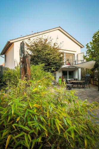 Villa Dragona Dufti-Kuss Gastehaus im Herzen von Rees, Kleve