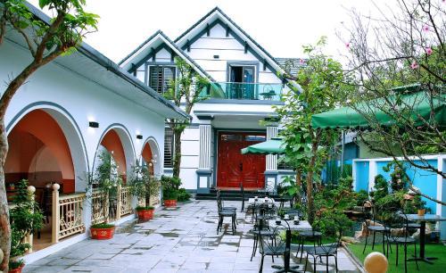 The Mountain View Homestay, Gia Viễn