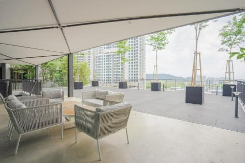 Bricx Suite 1BR @ Batu Kawan & IKEA 1~2pax e, Seberang Perai Selatan