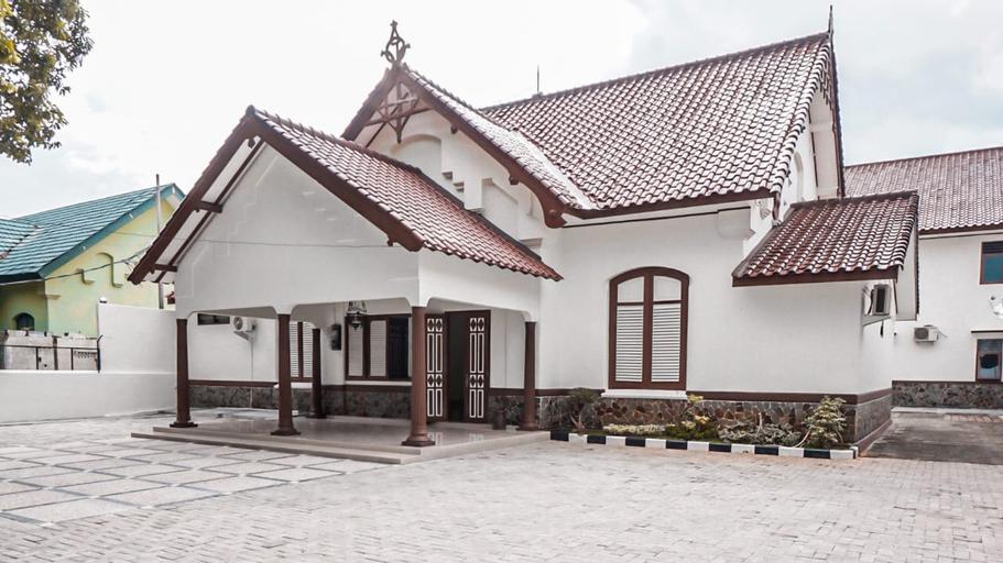 Roemah Djatinegara Jakarta, East Jakarta