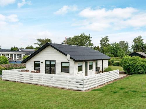 Four-Bedroom Holiday home in Hejls 2, Kolding
