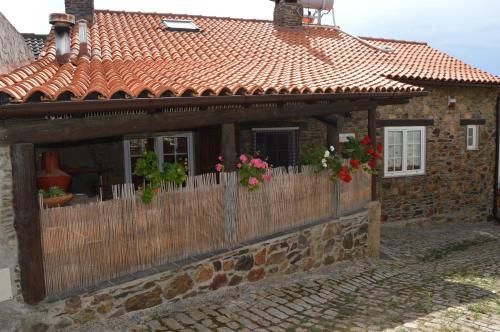 Apimonte Casa do Pascoal - PN Montesinho, Bragança