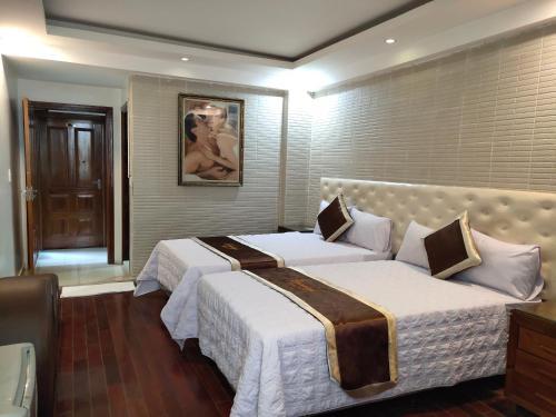 Luxury Hotel, Ngô Quyền