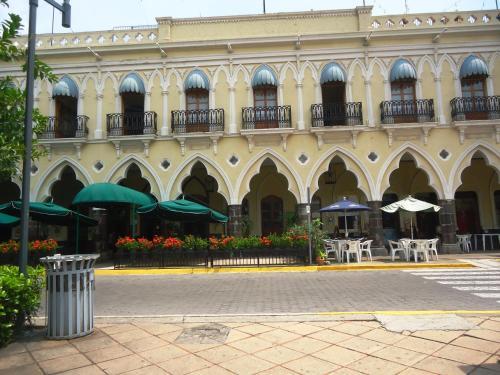 Hotel Concierge Plaza Colima, Colima