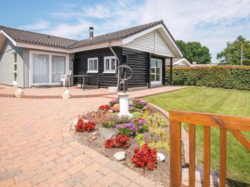 Three-Bedroom Holiday home in Bjert 1, Kolding