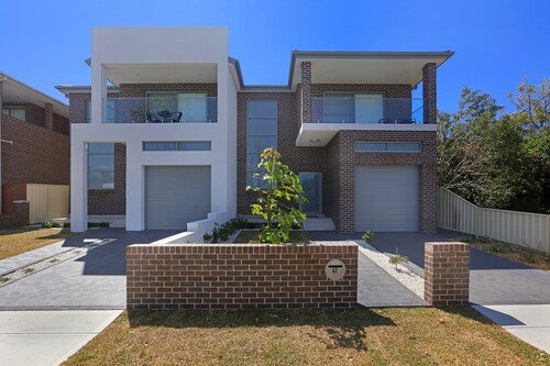 Greenacre Villas - Sydney, Bankstown - North-East