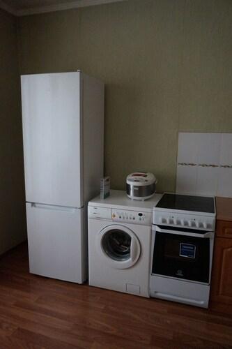 One Bedroom Apartment on Aviatorov 25, Krasnoyarsk