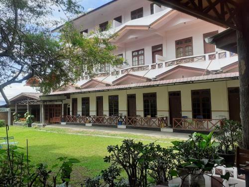 Wisma sibayak guest house, Karo