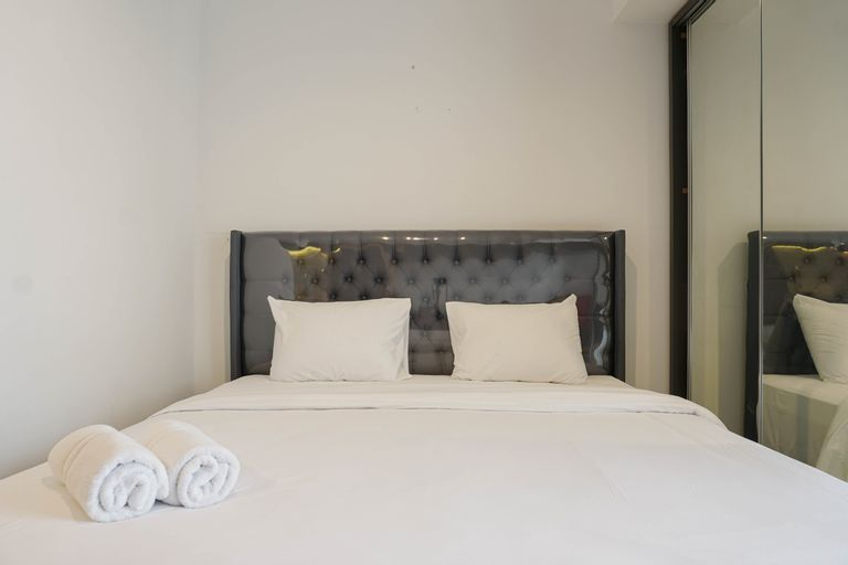 Well Appointed Studio West Vista Apartment By Travelio, West Jakarta