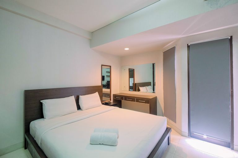 Elegant and Comfy Studio Apartment Tamansari Sudirman By Travelio, South Jakarta