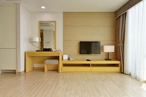 Mohang Haenaru Family Hotel, Buan