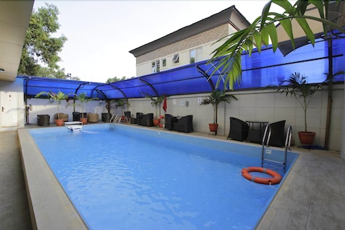 Marco Polo Hotel & Suites, Eti-Osa