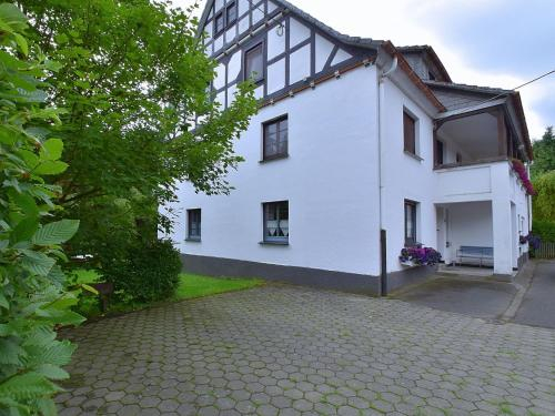 Spacious Holiday Home in Menkhausen near Ski Area, Hochsauerlandkreis