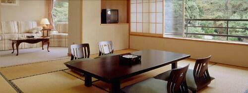 Izunagaoka Onsen Futaba, Izunokuni