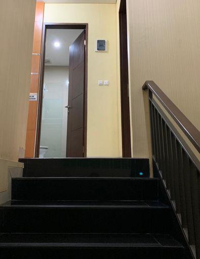 Platinum Setramurni Guest House Bandung 3BR 6-Paxs, Bandung