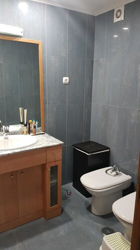 Apartment With 3 Bedrooms In Prior Velho, With Wifi - 40 Km From The B, Loures