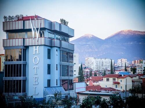 New W Hotel, Tiranës