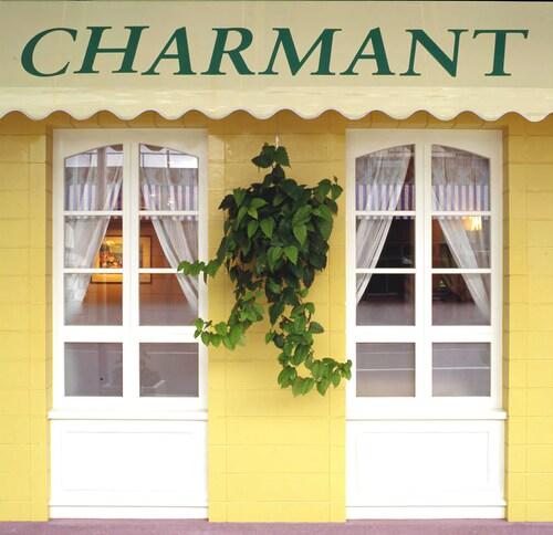 Hotel Charmant, Nachikatsuura
