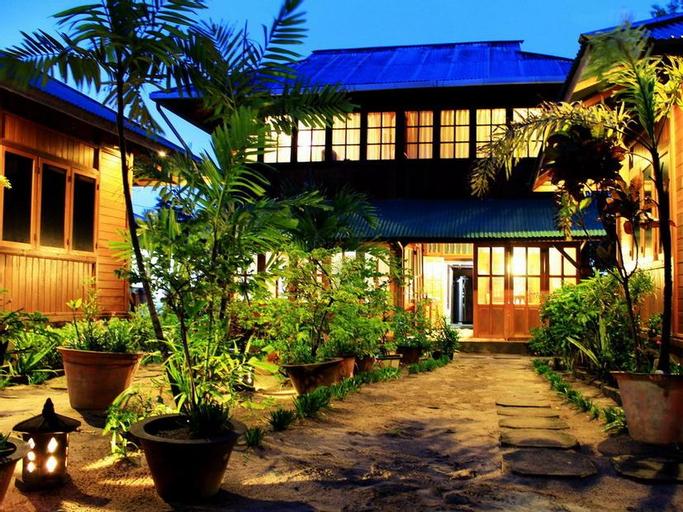 Hotel Bobocha Siladen, Minahasa Utara