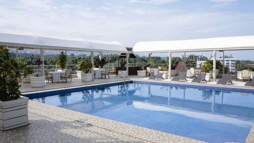 Le Panoramique Hotel by Celexon, Roherero