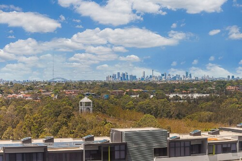 Australian Tower Stay, Auburn