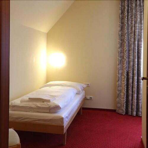 Hotel Tatran, Zvolen