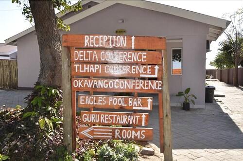 Maduo Lodge, Ngamiland East