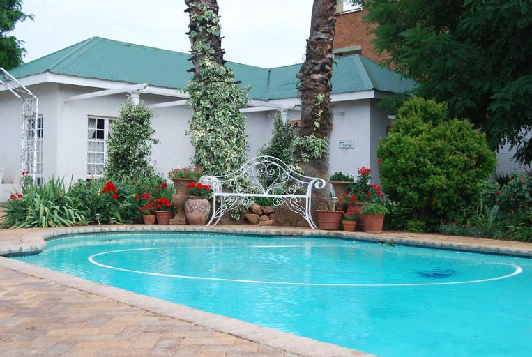 A Tapestry Garden, Dr Kenneth Kaunda