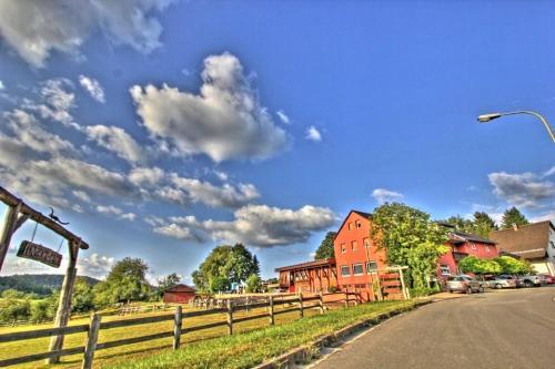 Longhorn Ranch Countryhotel - Garni, Südwestpfalz