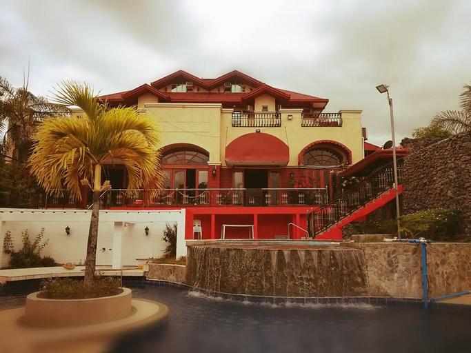 Ang Tahanan ni Aling Meding Hotel, San Pablo City
