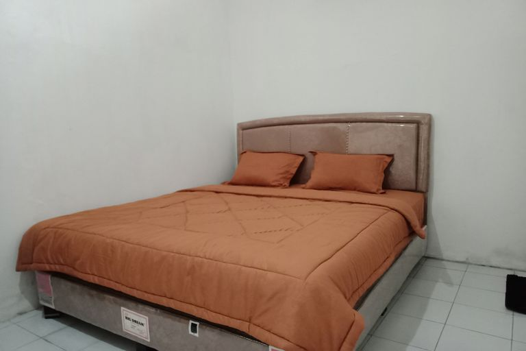 OYO 90208 Iji Homestay Syariah, Bandar Lampung