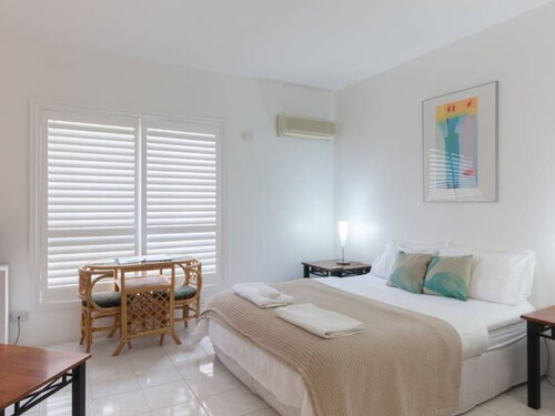 Malcolm Street Apartments, Perth