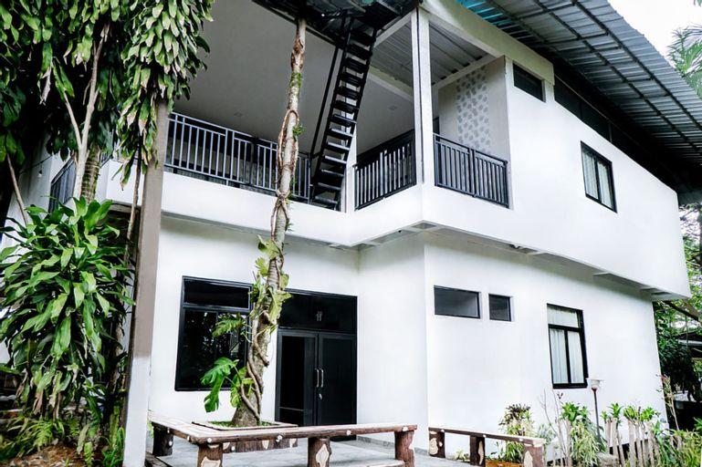 KEBUNSU BOGOR - PINANG SUITES 12 BEDROOMS, Bogor