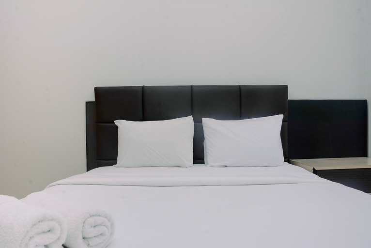 Amazing View 1 Bedroom at Gold Coast Apartment By Travelio, Jakarta Utara