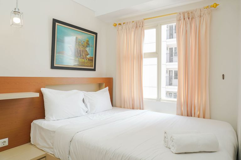 New Furnished and Elegant @ 1BR Green Park View Apartment By Travelio, Jakarta Barat
