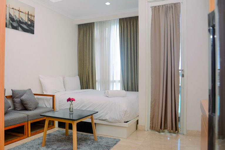 Compact Studio with Pool View Menteng Park Apartment By Travelio, Central Jakarta