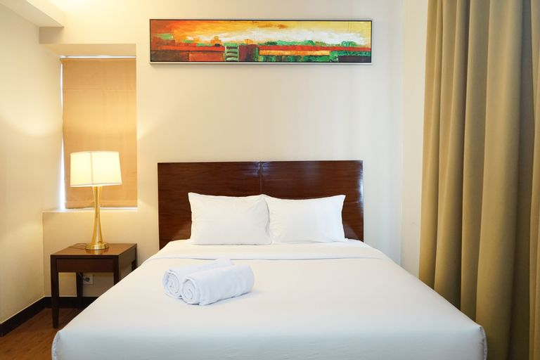 Comfy 1BR Queen Bed Ancol Marina Apartment near Dufan By Travelio, North Jakarta