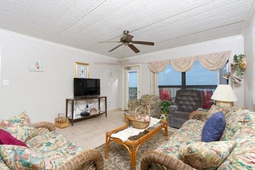 Saida IV Condominium 702, Cameron