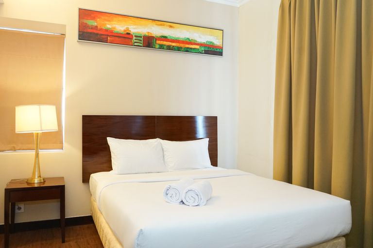 1BR Queen Bed at Ancol Marina Apartment near Dufan By Travelio, North Jakarta