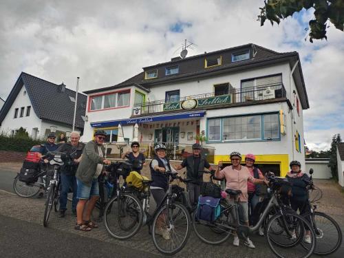 Hotel Seeblick und Apartments Am See, Düren