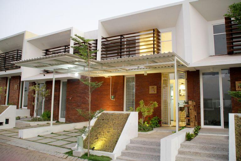Villa The Oz HE-05, Malang